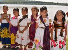 mujer-indigena-niña